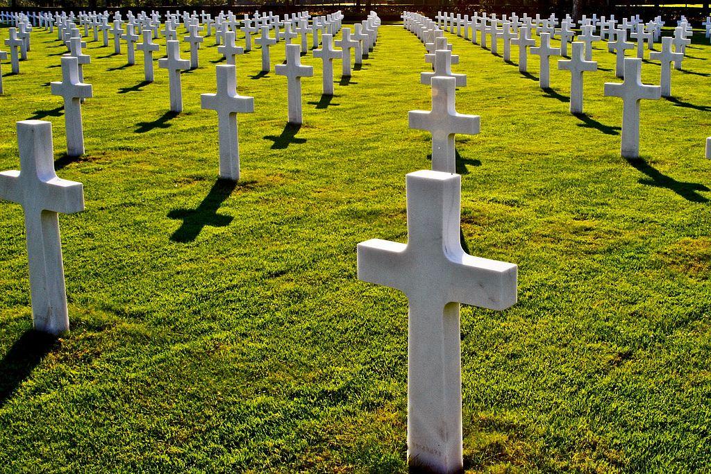 Symbolbild Kriegsgräber